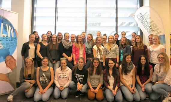 Schülerinnen der HBLW Saalfelden nehmen am Erasmus+ Projekt teil.